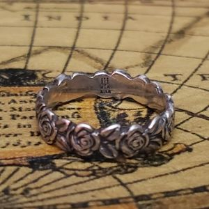 James Avery Retired Rose ring size 7